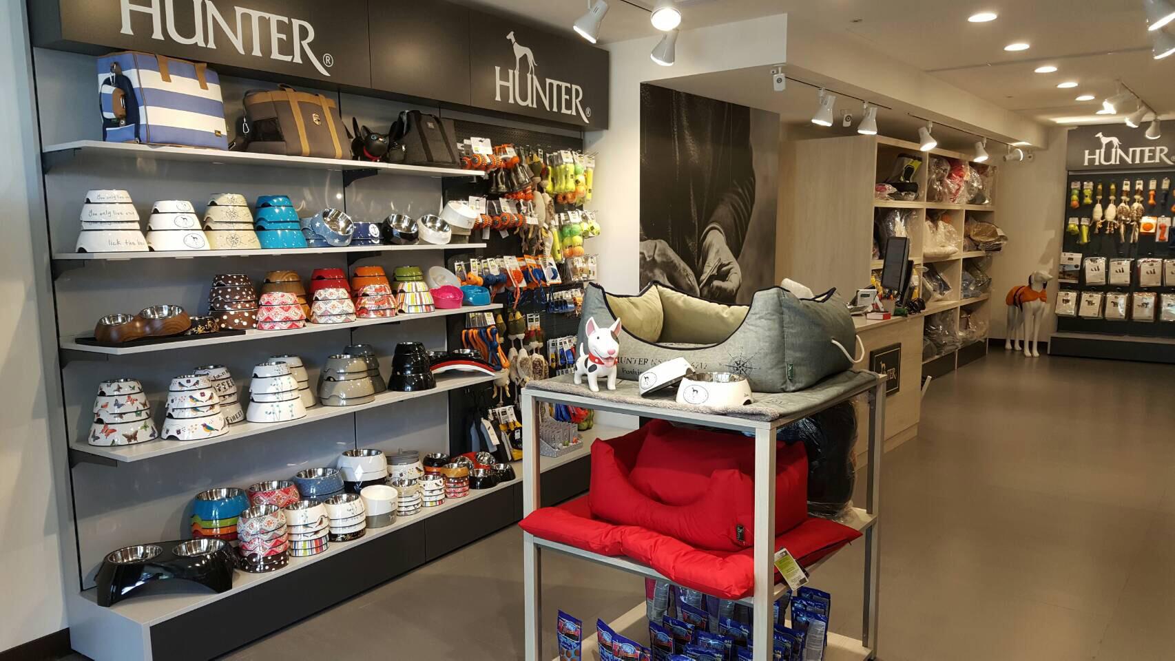Hunter__Jetzt 16 Brand Stores weltweit