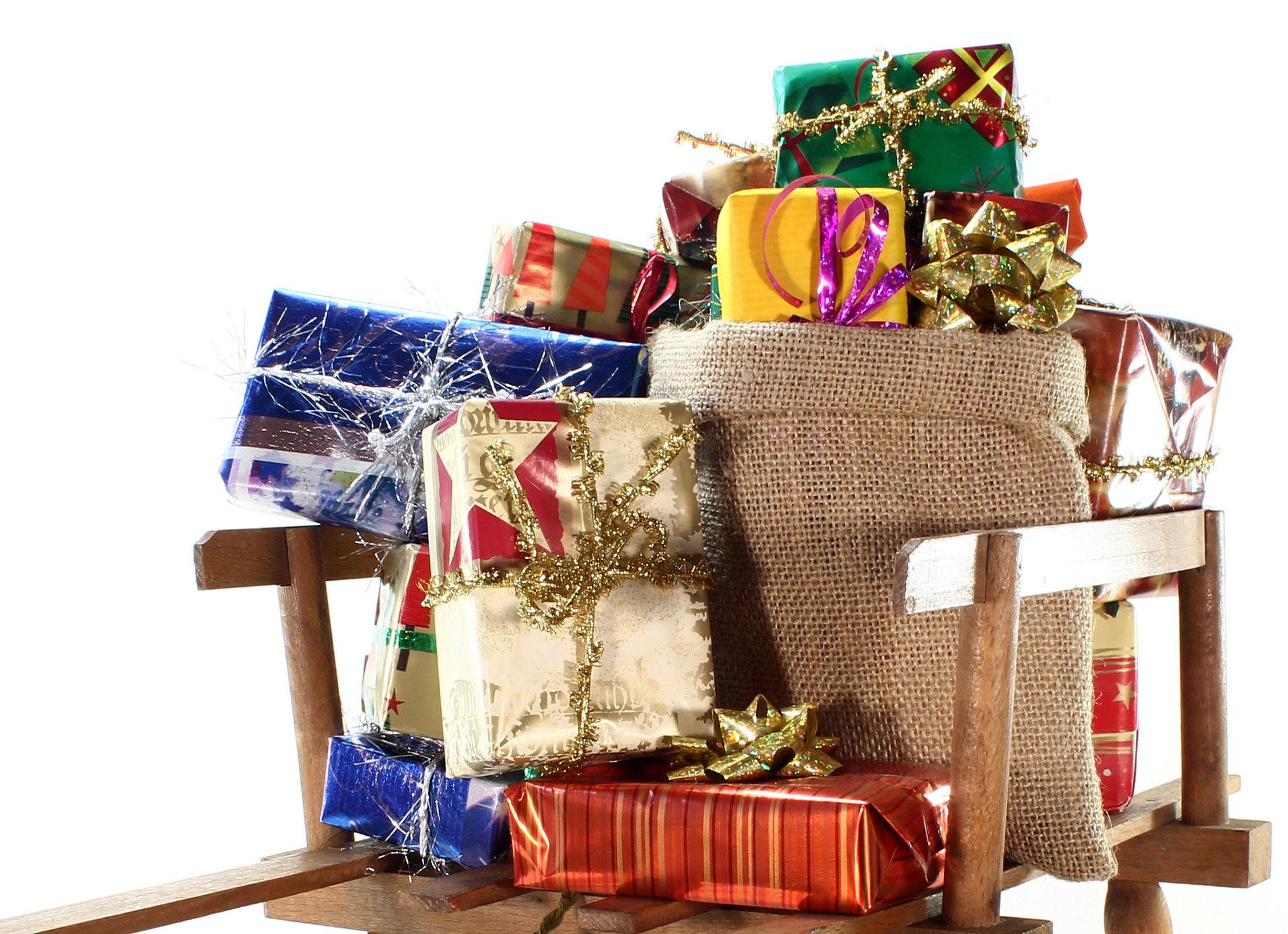 weihnachtsgeschenke mehr als ein viertel wird online gekauft. Black Bedroom Furniture Sets. Home Design Ideas